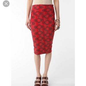 UO Truly madly deeply pencil skirt. Comfy ! Size L